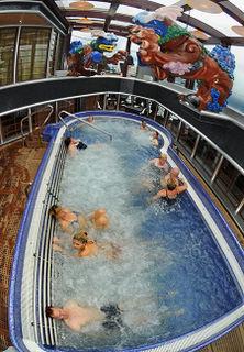 Carnival Splendor thalassotherapy spa pool