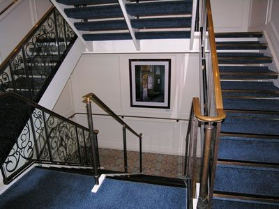 Azanara Journey stairways (Photo by David G. Molyneaux, TheTravelMavens.com)