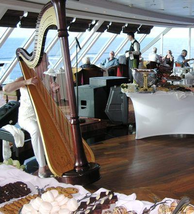Azamara Journey harpist Jacqueline Dolan (Photo by David G. Molyneaux, TheTravelMavens.com)