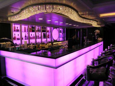 Oceania Marina Casino Bar (Photo by David G. Molyneaux, TheTravelMavens.com)
