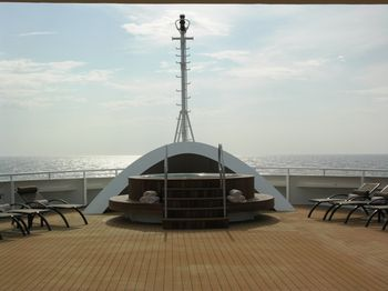 Hot tub at the bow of the Seabourn Quest (photo by David G. Molyneaux, TheTravelMavens.com)
