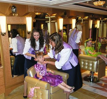 Princess makeover in Bibbidi Bobbidi Boutique on Disney Fantasy (Photo by David G. Molyneaux, TheTravelMavens.com)