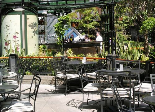 The outdoor porch in Central Park for Chops, the steakhouse on Oasis of the Seas. (Photo by David G. Molyneaux, TheTravelMavens.com)