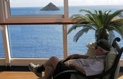 Relaxing on Oceania's Riviera (Photo by David G. Molyneaux, TheTravelMavens.com)