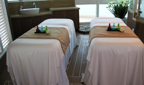 Massage tables for couples on the Royal Princess (Photo by David G. Molyneaux, TheTravelMavens.com)