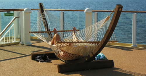 Relaxing on the Norwegian Pearl (Photo by David G. Molyneaux, TheTravelMavens.com)