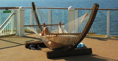 Relaxing on the Norwegian Pearl (Photo by David G. Molyneaux, TheTravelMavens.com)