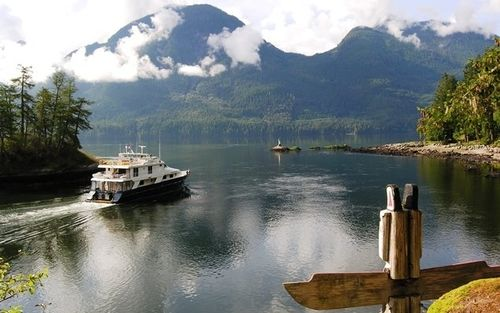 Safari Quest Un-Cruises out of Princess Louisa Inlet, British Columbia (Photo by David G. Molyneaux, TheTravelMavens.com)