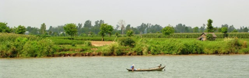 Vietnam, along the Mekong River (Photo by David G. Molyneaux, TheTravelMavens.com)