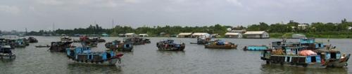 A floating market in Vietnam (Photo by David G. Molyneaux, TheTravelMavens.com)