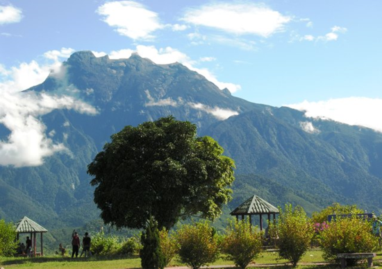 Views of Mt. Kinabalu, highest mountain in Southeast Asia, are about a two-hour bus ride into the national park from the cruise ship port at Kota Kinabalu in the state of Saba, Malaysia, on the island of Borneo. (Photo by David G. Molyneaux, TheTravelMavens.com)