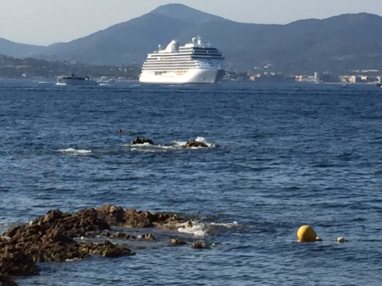 Seven Seas Explorer anchored off Saint-Tropez, France (Photo by David G. Molyneaux, TheTravelMavens.com)