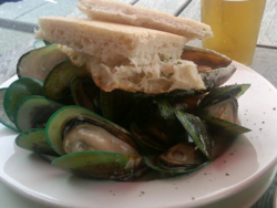 Green-lipped mussels in Wellington (Photo by Fran Golden, TheTravelMavens.com)