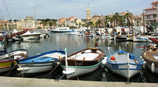 Harbor at Sanary-sur-Mer, France (Photo by David G. Molyneaux, TheTravelMavens.com)