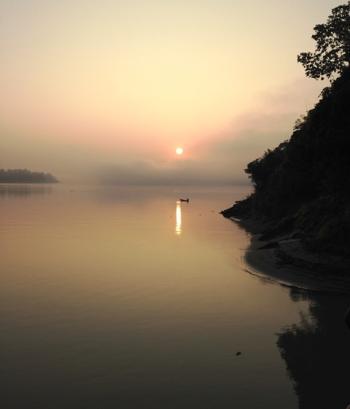 Sunrise on the Irrawaddy in northern Myanmar (Photo by David G. Molyneaux, TheTravelMavens.com)