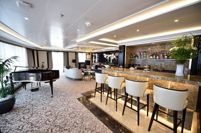 Regent Suite goes for $10,000 a night. (photo by Regent Seven Seas)