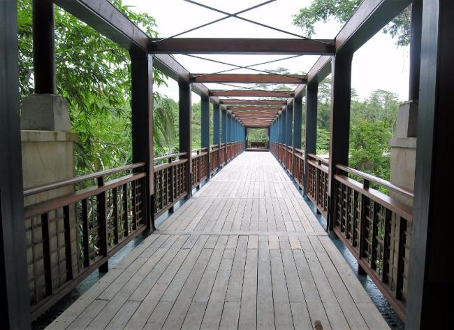 Entrance to the Four Seasons Resort Sayan (Photo by David G. Molyneaux, TheTravelMavens.com)