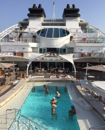 Social time around the pool on Seabourn Encore  (Photo by David G. Molyneaux, TheTravelMavens.com)