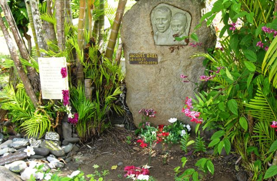 Jacques Brel's grave at Atuona on Hiva Oa Island in the Marquesas (Photo by David G. Molyneaux, TheTravelMavens.com)