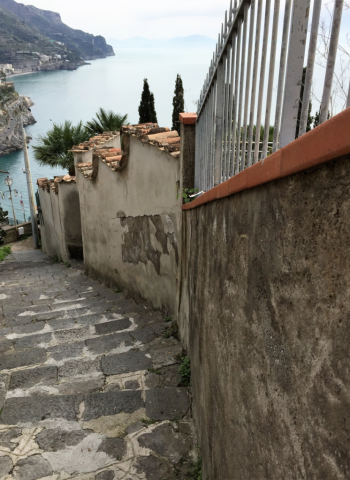 Climbing higher on the 1,500-step pathway to Ravello (Photo by David G. Molyneaux, TheTravelMavens.com)