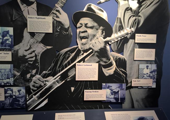 Blues in Helena, Arkansas (photo by David G. Molyneaux, TheTravelMavens.com)